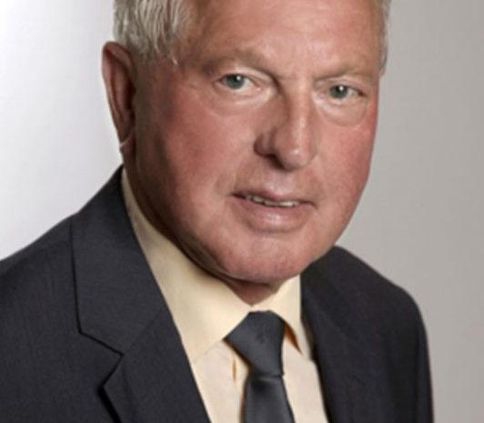 Manfred Arnhölter